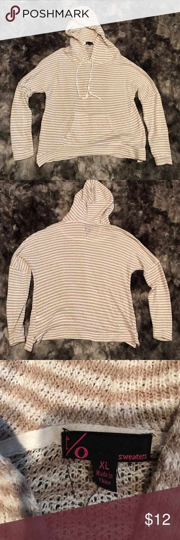 """Womens XL loose knit sweater hoodie striped beige Women's size XL hoodie sweater by T/O. It is loose knit, beige & white striped. Perfect lightweight sweater for the beach or summer. In excellent condition. Length-26"""" armpit to armpit-22"""" T/O Sweaters Tops Sweatshirts & Hoodies"""