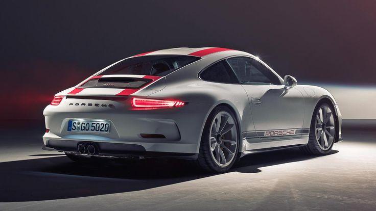 Elle était attendu cette 911R depuis le temps que l'on en parlait. Porsche l'a donc présenté au Salon de Genève à côté du Boxster 718.