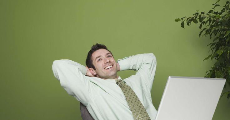 ¿Por qué es importante el mantenimiento preventivo?. El mantenimiento preventivo de la computadora significa que el sistema operativo debe ser limpiado, mejorado y preparado para lo imprevisto. Si no implementas las tareas para un mantenimeinto rutinario, las computadoras se pueden infectar, modificar y no estar listas para lo que pueda suceder. Aunque no se pueden prevenir todos los percances, ...