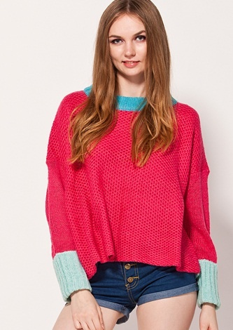 Women's Round Neck Pullover Sweater with Contrasting Batwing