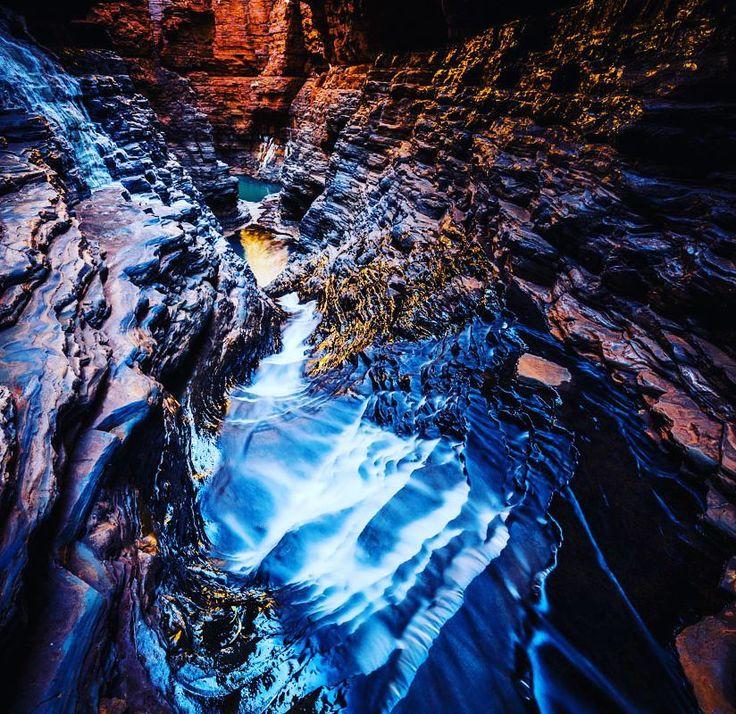 Hancock Gorge Karinjini National Park  #gushagoeswalkabout #hancockgorge #Karinjini #exploreaustralia #wanderaustralia #canonaustralia #wow_australia #itsamazingoutthere #cruising_Australia #beautifuldestinations