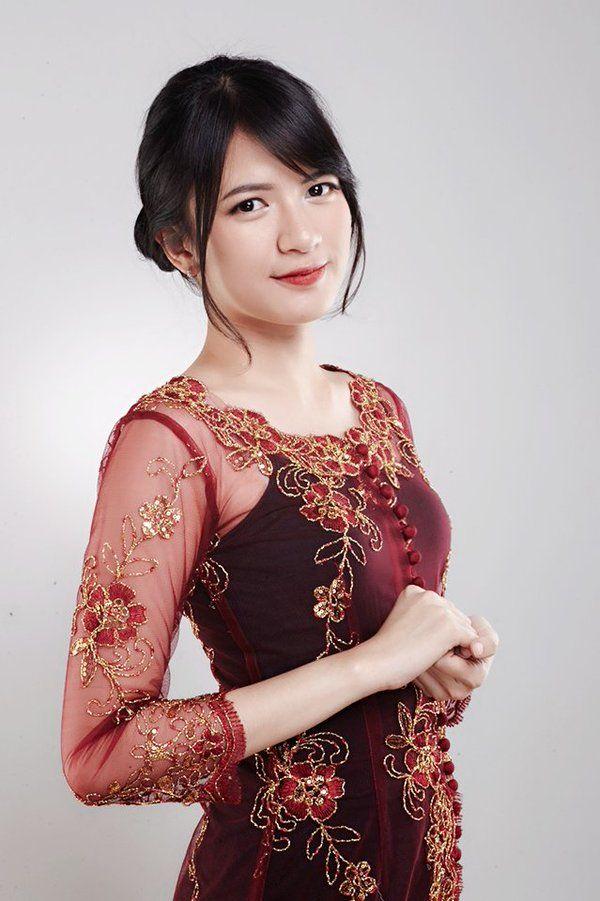 Ratu Vienny Fitrilya (@Viny_JKT48)   Twitter