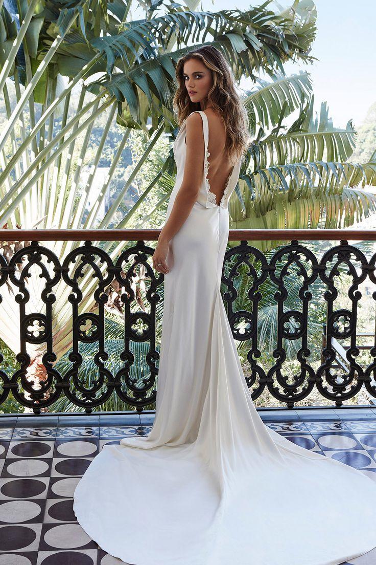 The 9 best Wedding Dresses images on Pinterest   Wedding frocks ...