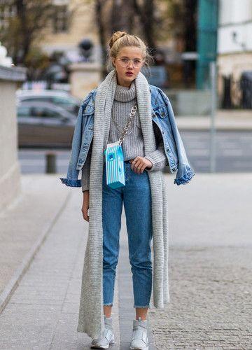 trend-oversize-jeansjacke mit ocersize Schal – B.e. Strümpfelbach