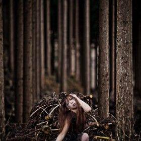 lost in the forest-Portrait-