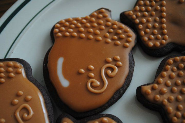 fall cookies - acorns Repinned By: #TheCookieCutterCompany