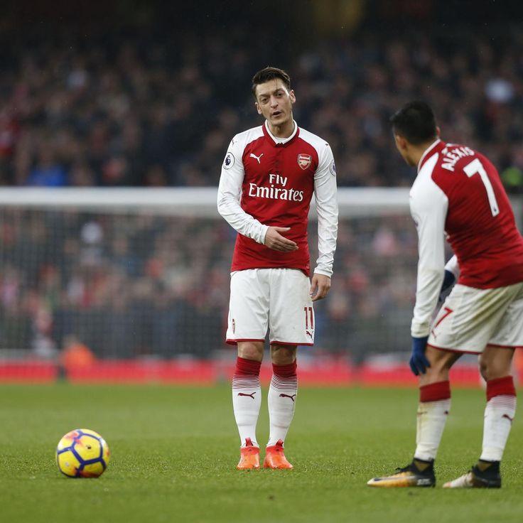 Arsenal Transfer News: Arsene Wenger Talks Mesut Ozil, Alexis Sanchez Contracts