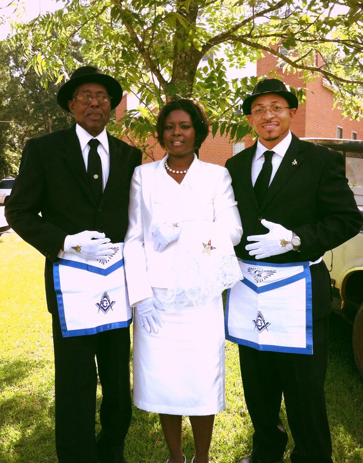 Prince Hall Masons And Sister From Order Of The Eastern
