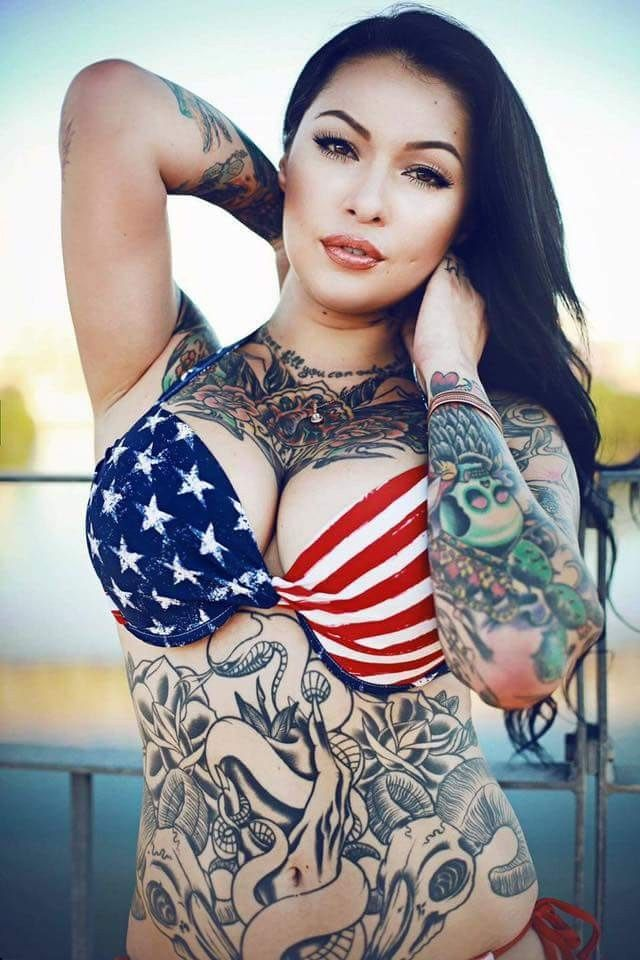 401 best dangerously enticing curves images on pinterest for Nude tattooed chicks
