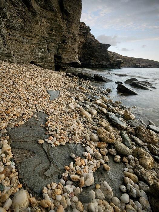 Stones everywhere