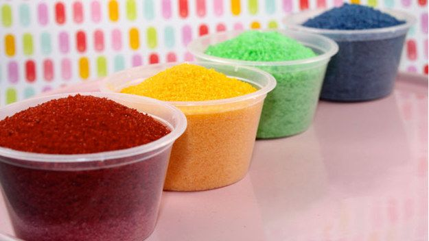 Make your own sanding sugar sprinkles with just food coloring, regular sugar, and a rolling pin. | 46 Life-Changing Baking Hacks Everyone Needs To Know