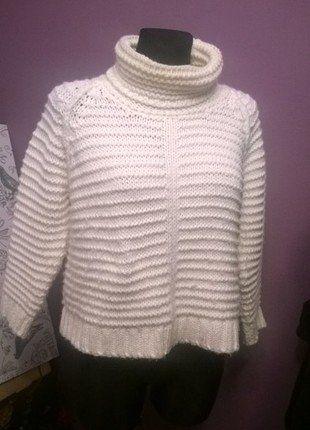 Kup mój przedmiot na #vintedpl http://www.vinted.pl/damska-odziez/swetry-z-golfem/17172373-cieply-bialy-sweter-z-golfem