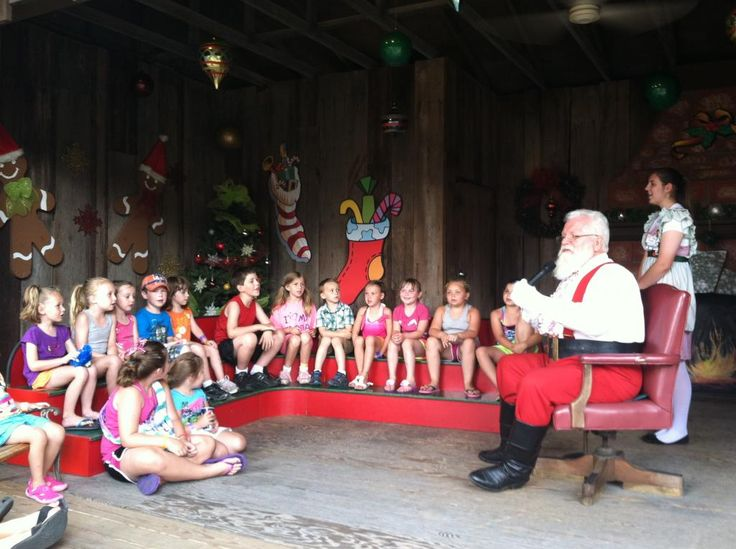 Thinking of heading to Holiday World?  Don't miss these tips from LouFamFun & our readers  @Holiday World