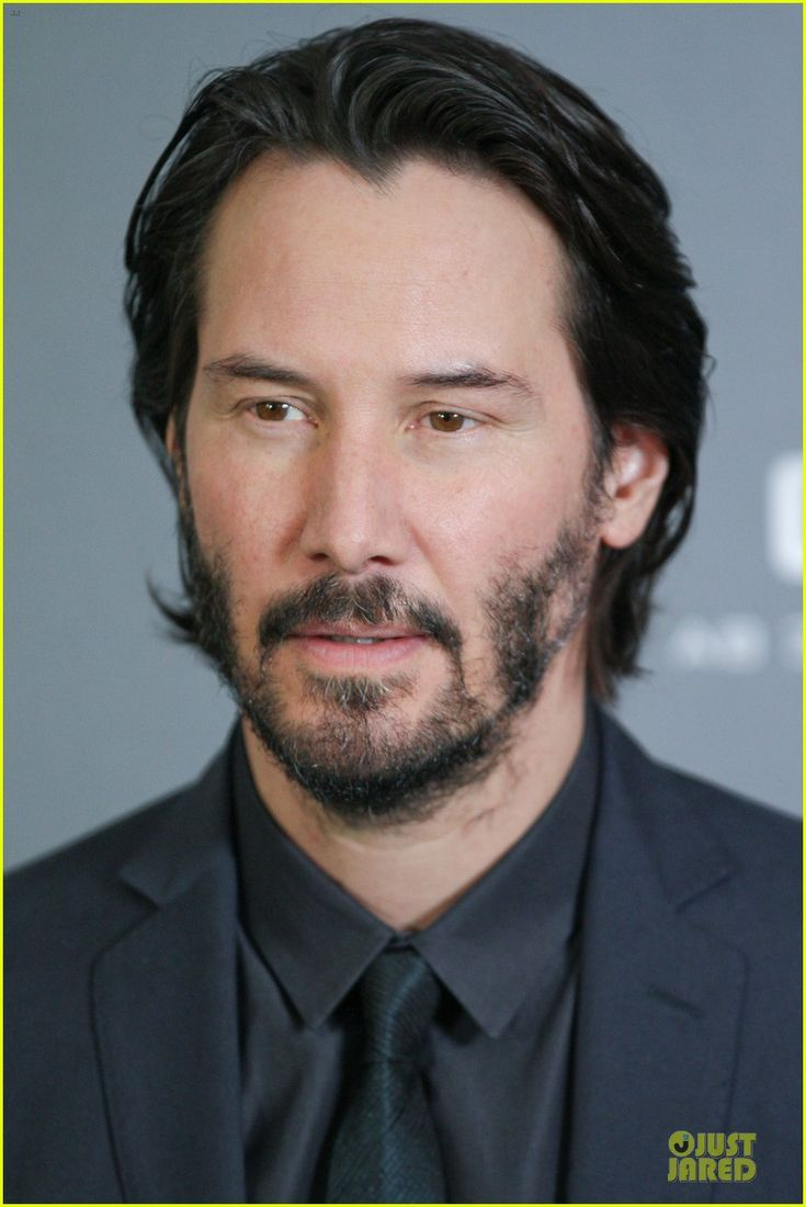 keanu reeves 47 ronin munich photo call 15 Keanu Reeves is handsome in a black suit while attending a photo call for his latest film 47 Ronin held at Hotel Bayerischer Hof on Friday (January 17) in Munich,…