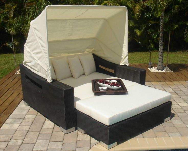 Outdoor pe rattan daybed lounger w canopy garden swimming for Mobiliario de patio