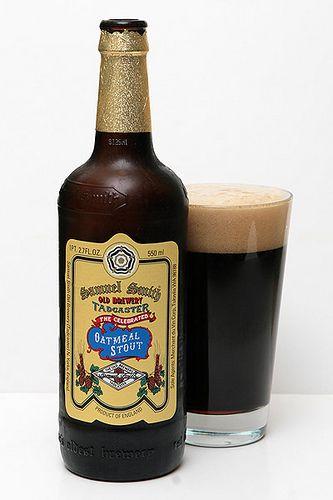 ¿Por qué se debe tomar una #cerveza #Stout en este tipo de vaso?   Descubre por qué en curiositybeer.com