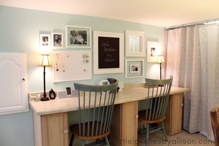little lovelies: craft room reveal!Decor, Wall Colors, Spaces, Room Furniture, Offices, Crafts Room, Room Ideas, Desks, Craft Rooms