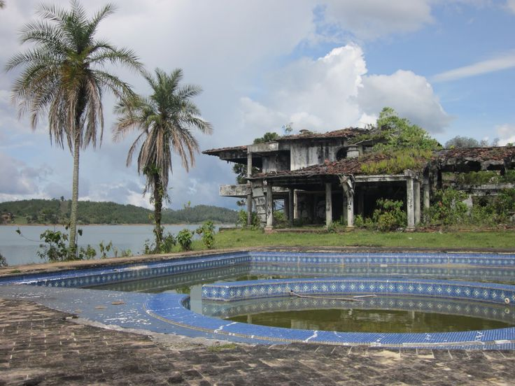 Pool and view of what is left of the mansion - Pablo Escobar's