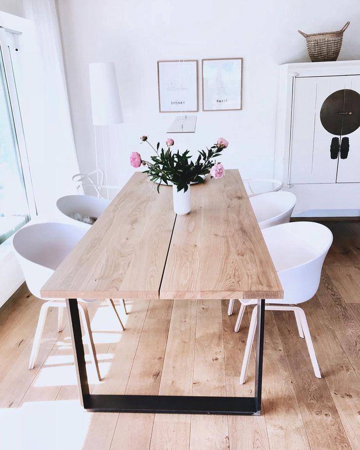 Der Weiße Armlehnstuhl Claire Im Scandi Design Ist Der Absolute Trendsetter  Im Esszimmer. Das Schlichte