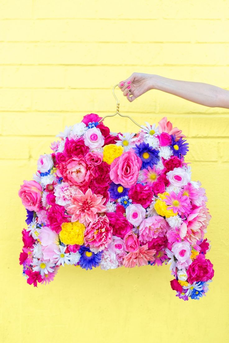 There's nothing like (DIY) flowers on Mother's Day.