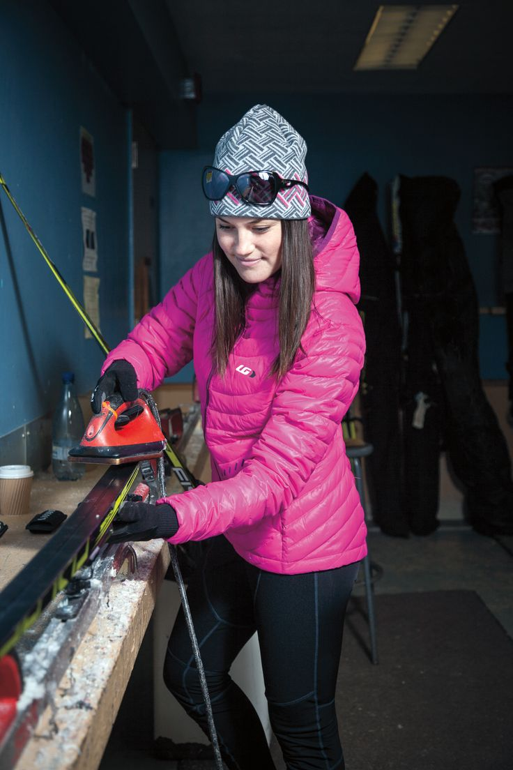Warm, breathable, and ultra-light, this jacket is designed for all-day high aerobic outputs such as skiing and fat bike riding. Its highly compressible properties also allow it to be stowed into a pouch if needed.