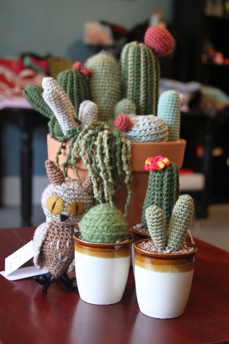 Crochet Cacti - wish I was crafty enough to make this