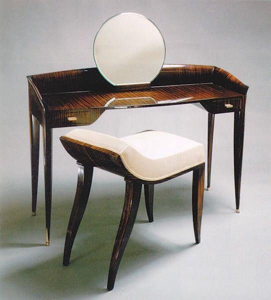Small Dressing Table, circa 1920's. Macassar Ebony, Gilded Bronze, Mirror, Émile-Jacques Ruhlmann