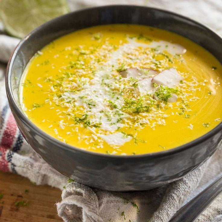 So schmeckt Weihnachten vegan: Mit Kokosnussmilch, Zitronengras und viel frischem Koriander machst du all deine Gäste glücklich.