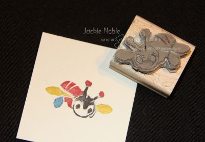 Buzzy bee carved by Jackie Noble: Cards Undefin, Inspiration Stampinup, Stamps Carvings, Undefin Stamps, Bees Carvings, Cards Creations, Buzzi Bees, Inspiration Stampin Up, Carvings Kits