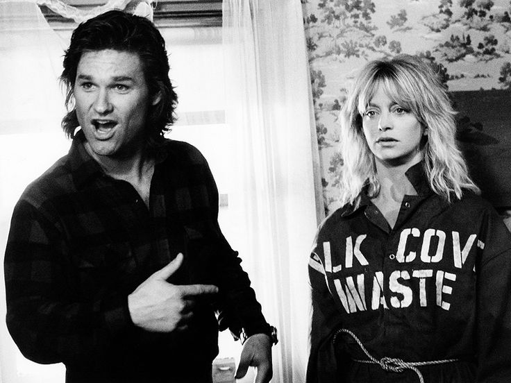 Blast from the Past: Goldie Hawn & Kurt Russell Have a Romantic Movie Night – Watching Their 1987 Comedy Overboard http://www.people.com/article/goldie-hawn-kurt-russell-watch-overboard-twitter