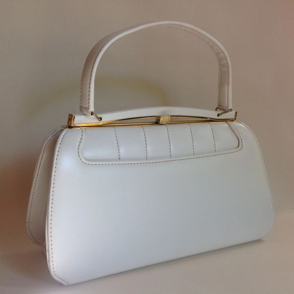 White Faux Leather Rockabilly 1960s Vintage Handbag With