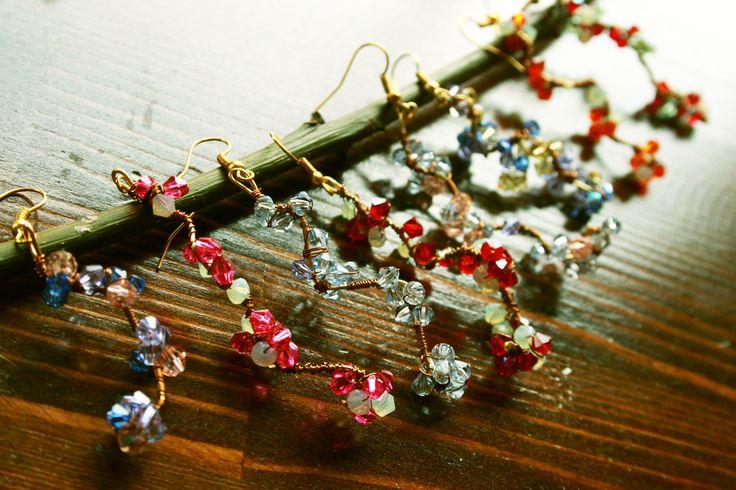 Hand Made Cristal Earrings by La Lumière. La Lumière El Yapımı Bahar Dalı Küpeler 85TL Büyük Boy Bahar Dalı Küpe