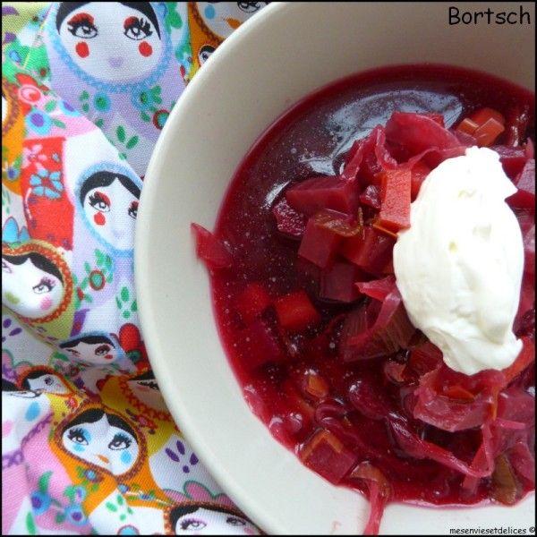La soupe Bortsch, cette soupe russe à la betterave rouge et autres légumes coupés en morceaux et non pas mixés....