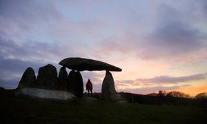 Pentre Ffan neolithic burial chamber at sunset
