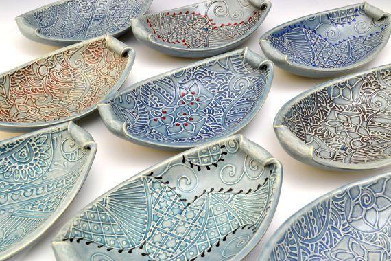 Handgemachte Keramik Schalen - einzigartige Indian Paisley Textur Muster farbig von Creative mit Clay Charan Sachar