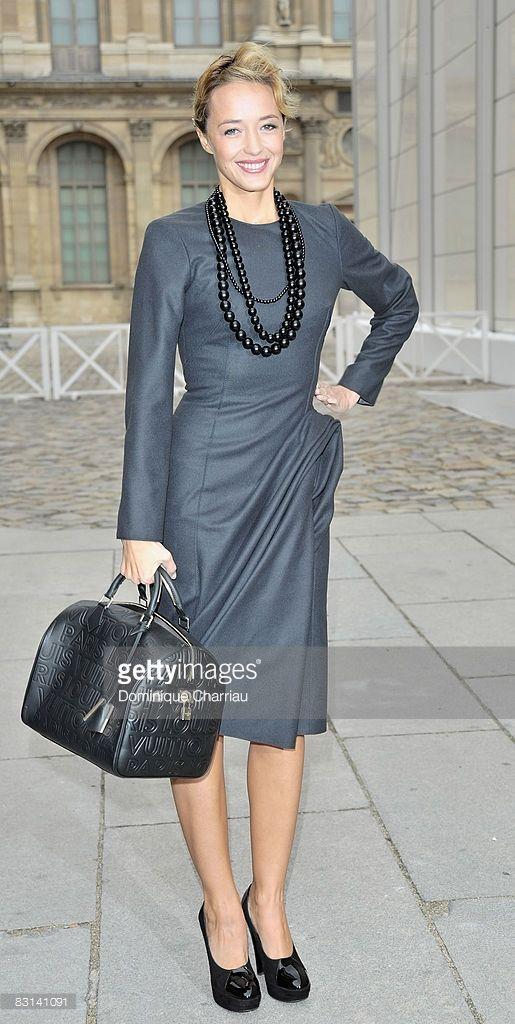 Photo d'actualité : Helene de Fougerolles attends the Louis Vuitton...