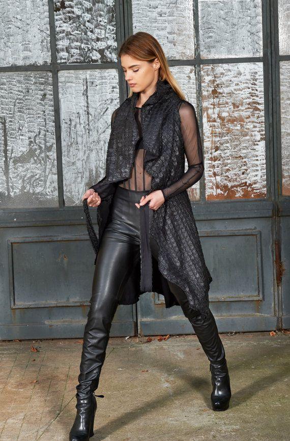 Schwarze Lederweste, Faux Lederweste, übergroße Weste, lockere Weste, Kimono-Jacke, asymmetrische Weste, Womens Steampunk Kleidung, Hippie-Weste