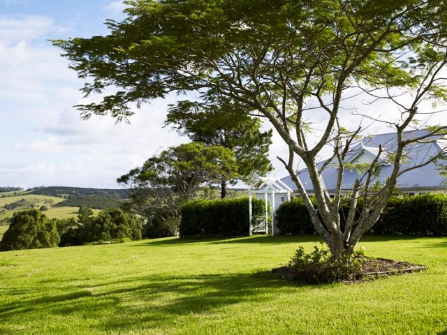 holiday accommodation and wedding location http://www.stayz.com.au/accommodation/nsw/northern-rivers-byron-bay/bangalow/138192
