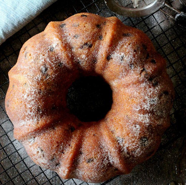 Rum Raisin Bundt Cake - Food, Pleasure, and Health