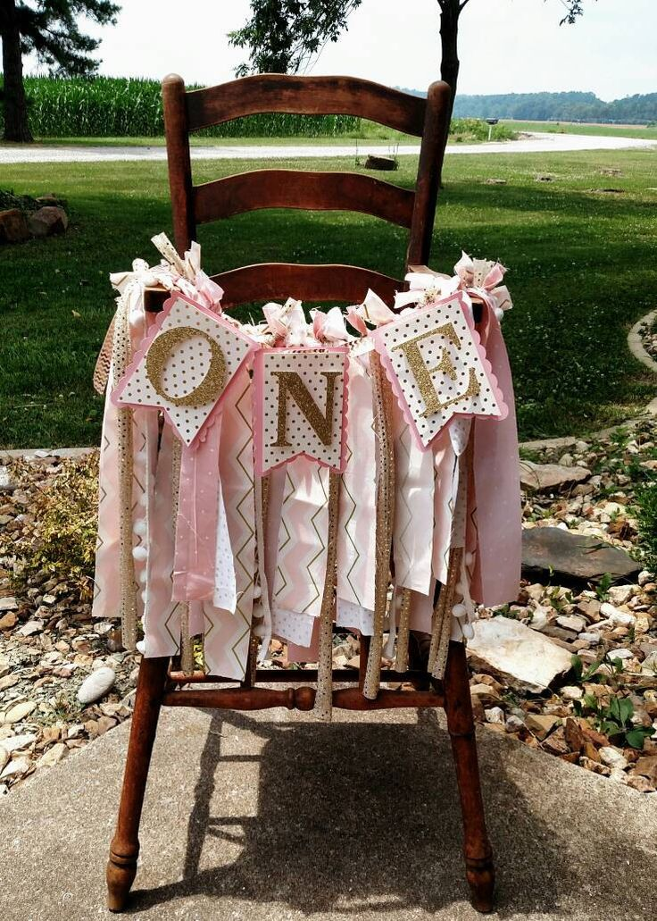 Pink and Gold 1st Birthday High Chair Banner by ADapperDachshund on Etsy https://www.etsy.com/listing/464123443/pink-and-gold-1st-birthday-high-chair