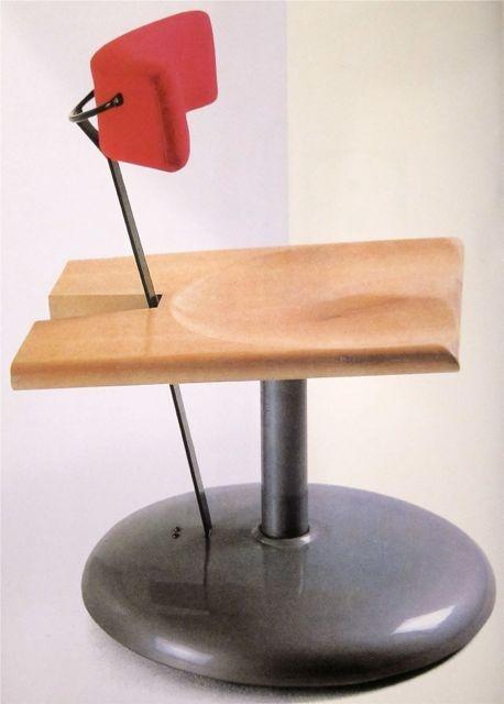"Pepe Cortes & Javier Mariscal  ""Trampolin"" chair  Akaba  1986 // MONDOBLOGO: 9/1/12"