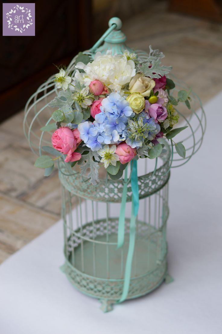 #artemi #florist #floralart #floraldesign #floralartist #weddings #weddingday #slub #wesele #dekoracje #decorations #weddingdecorations #weddinddecor #flowers #flowersdecor #weddingflowers #bride #groom #forbrideandgroom #pastels #mint #turquoise #cage #klatka #weddingdetails