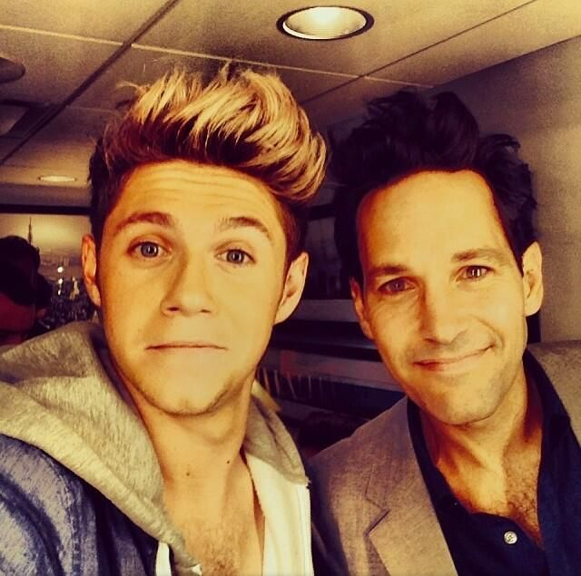 Niall with Paul Rudd! Does anyone have the video for snl cuz I didn't get to see it ...