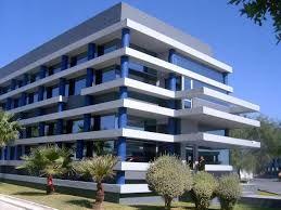 Resultat d'imatges de edificio azul