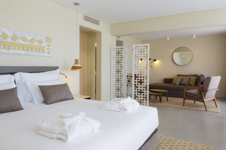 Suite at OZADI TAVIRA HOTEL, Eastern Algarve, Portugal. (©all rights reserved)