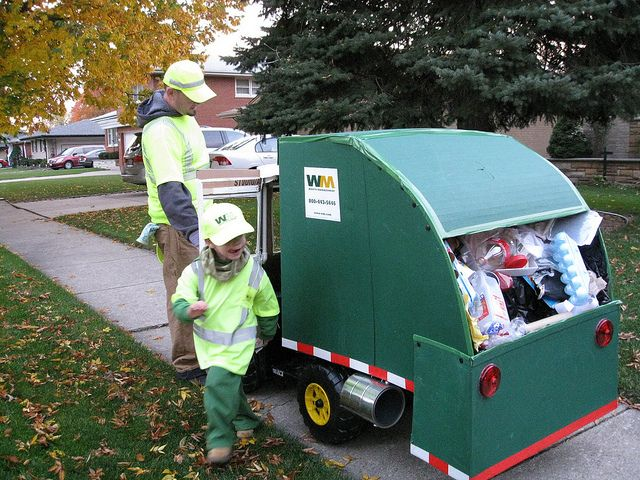 Cardboard Garbage Truck