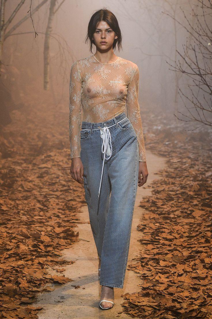 Off-White Fall 2017 Ready-to-Wear Fashion Show - Georgia Fowler