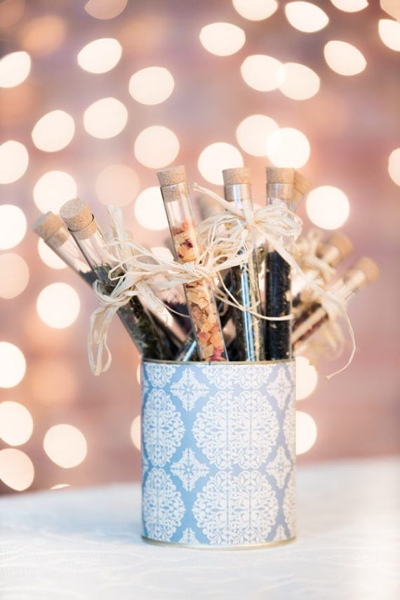 150 pcs of wedding guest favors test tubes with loose leaf