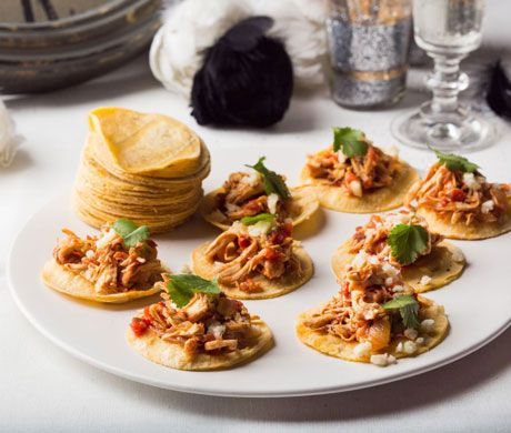 Bite size chipotle chicken soft tacos tinga de pollo for Hor d oeuvres recipes