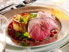 Découvrez la recette Rôti de chevreuil sur cuisineactuelle.fr.